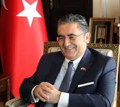 Посланикът на Република Турция Н.Пр. Хасан Улусой прис� ...