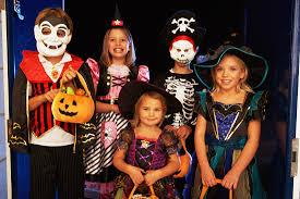 Творческо Хелоуин ателие и страшно парти организира Ч� ...