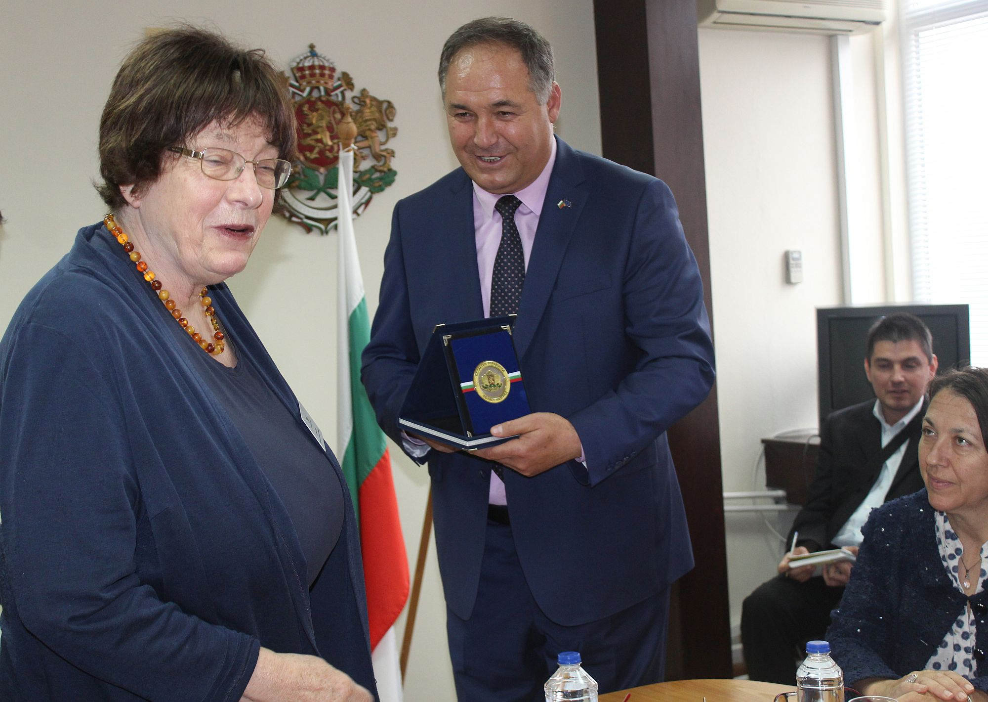 Областният управител се срещна с Гизела Ерлер – мин� ...
