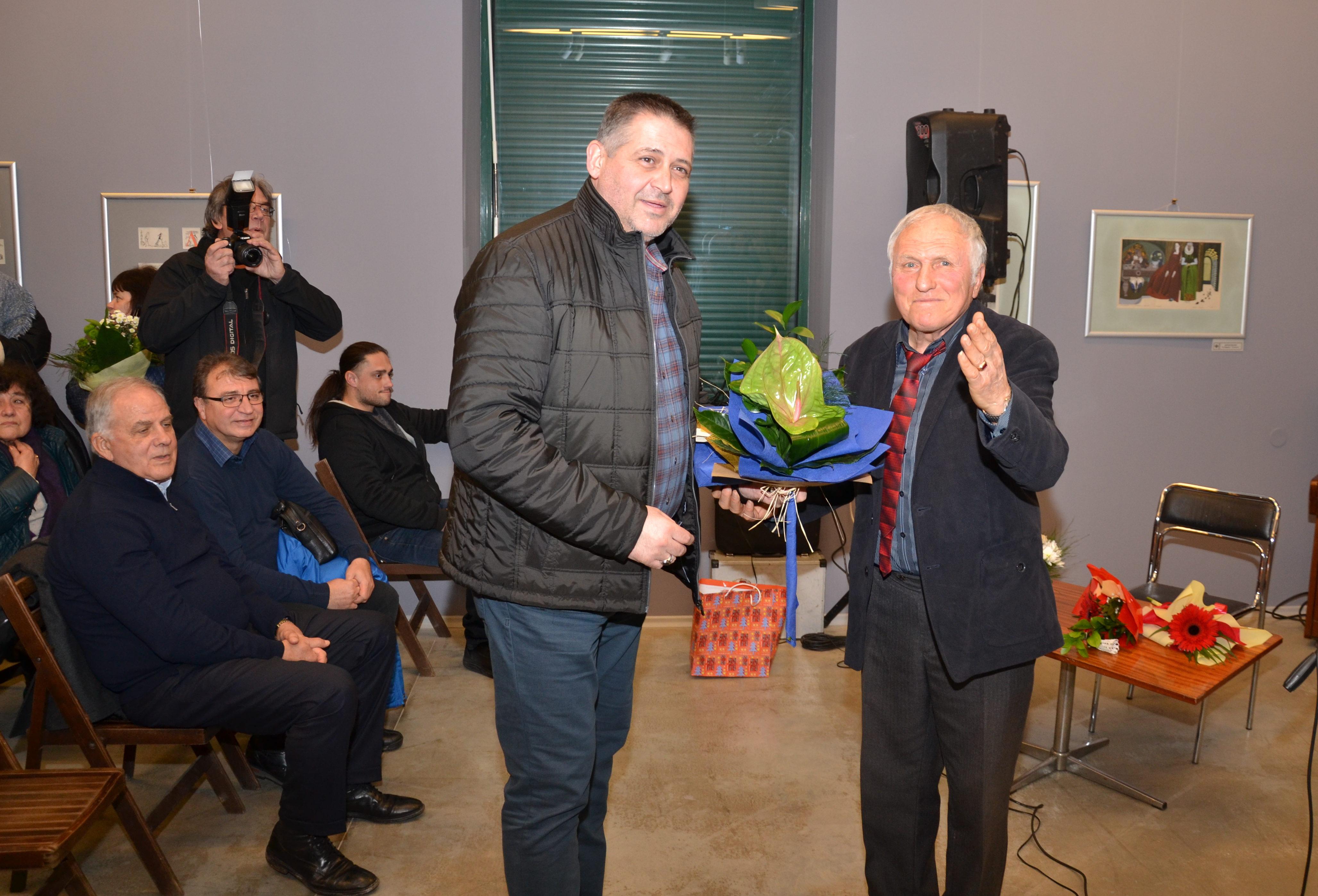 Кметът и председателят на ОбС уважиха 70-годишнината на ...