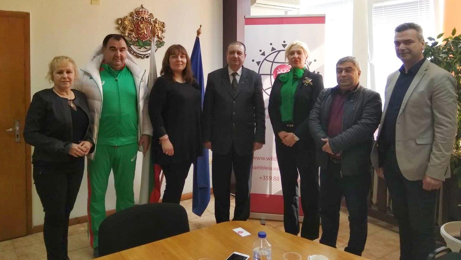 Заместник областният управител Евгени Драганов се сре ...