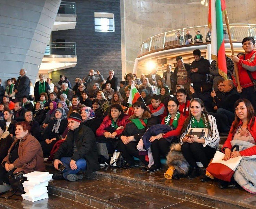 Областният управител Гюнай Хюсмен организира посещен� ...