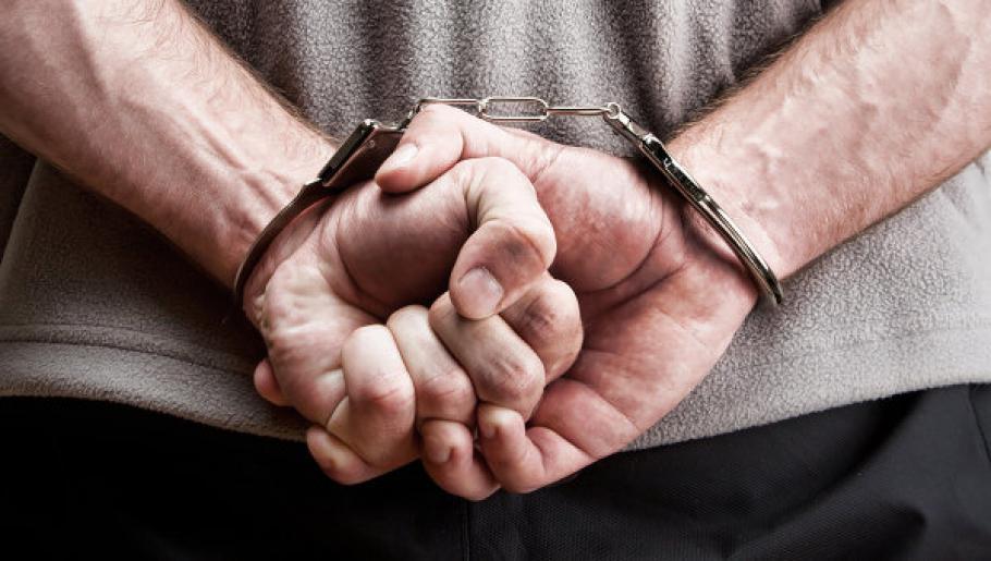 Телефонен измамник влиза в затвора за 2 години и 6 месец ...