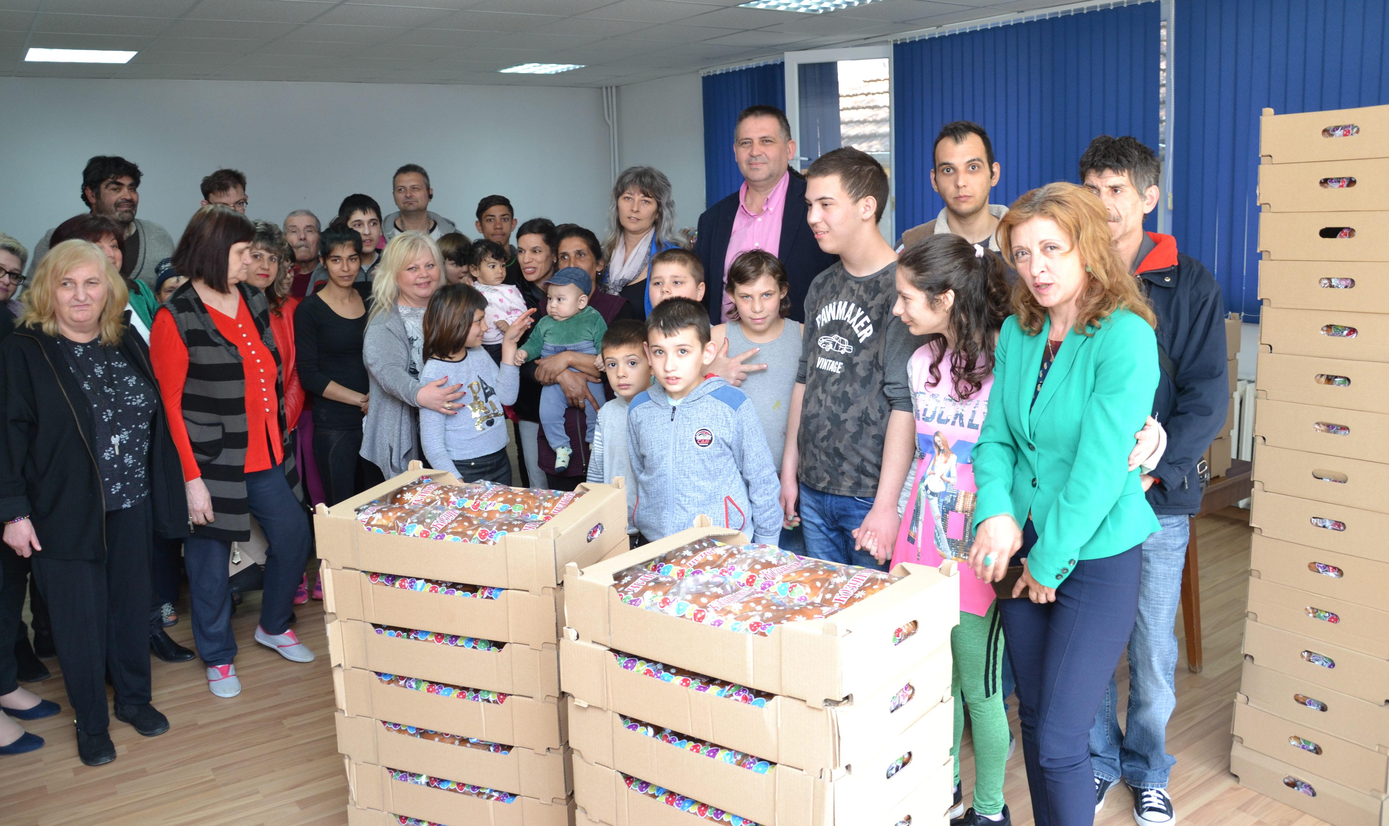 Дарение от 400 козунака получи Община Разград за потреб� ...