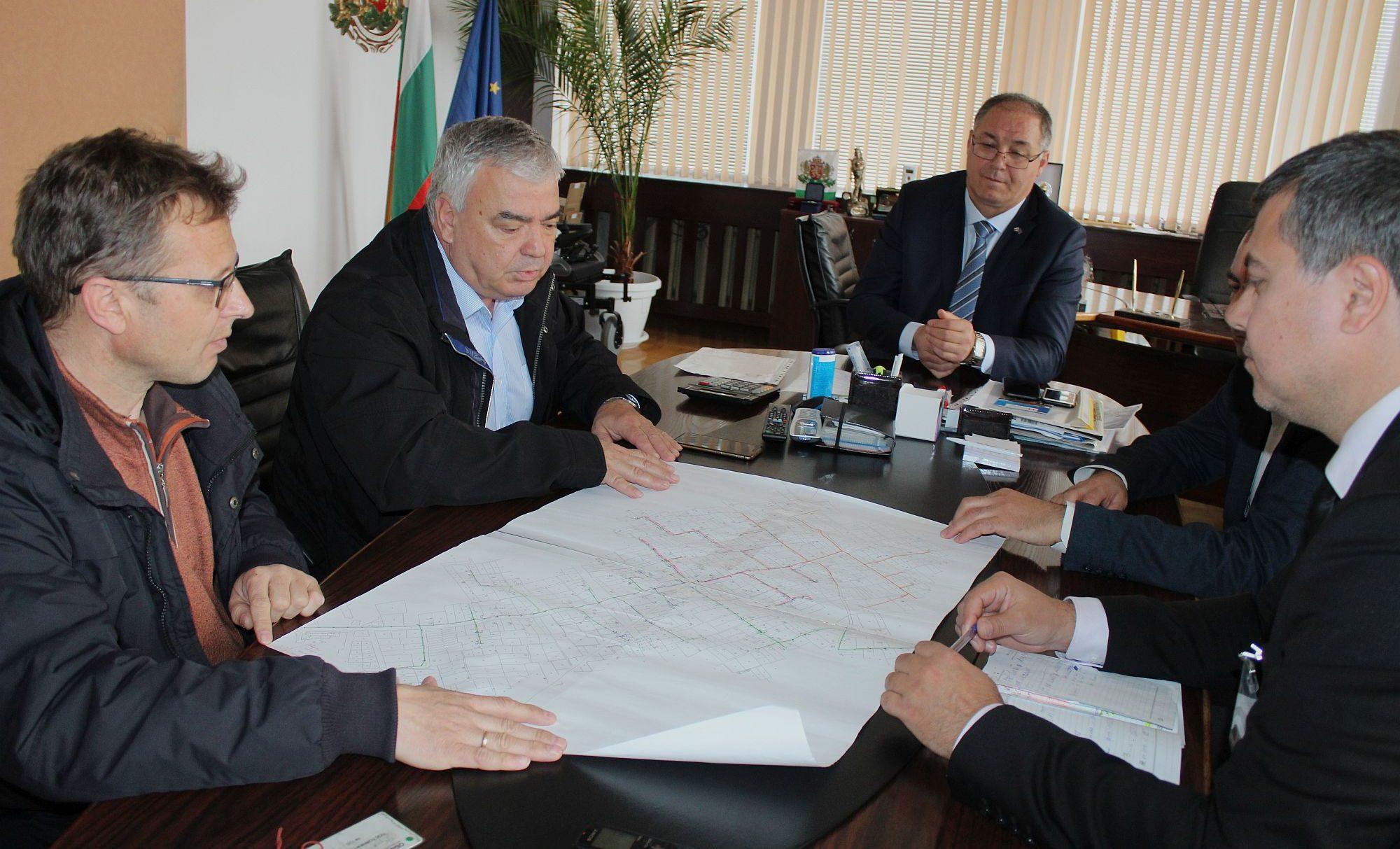 """200 потребители във вилна зона """"Арменски лозя"""" веч ..."""