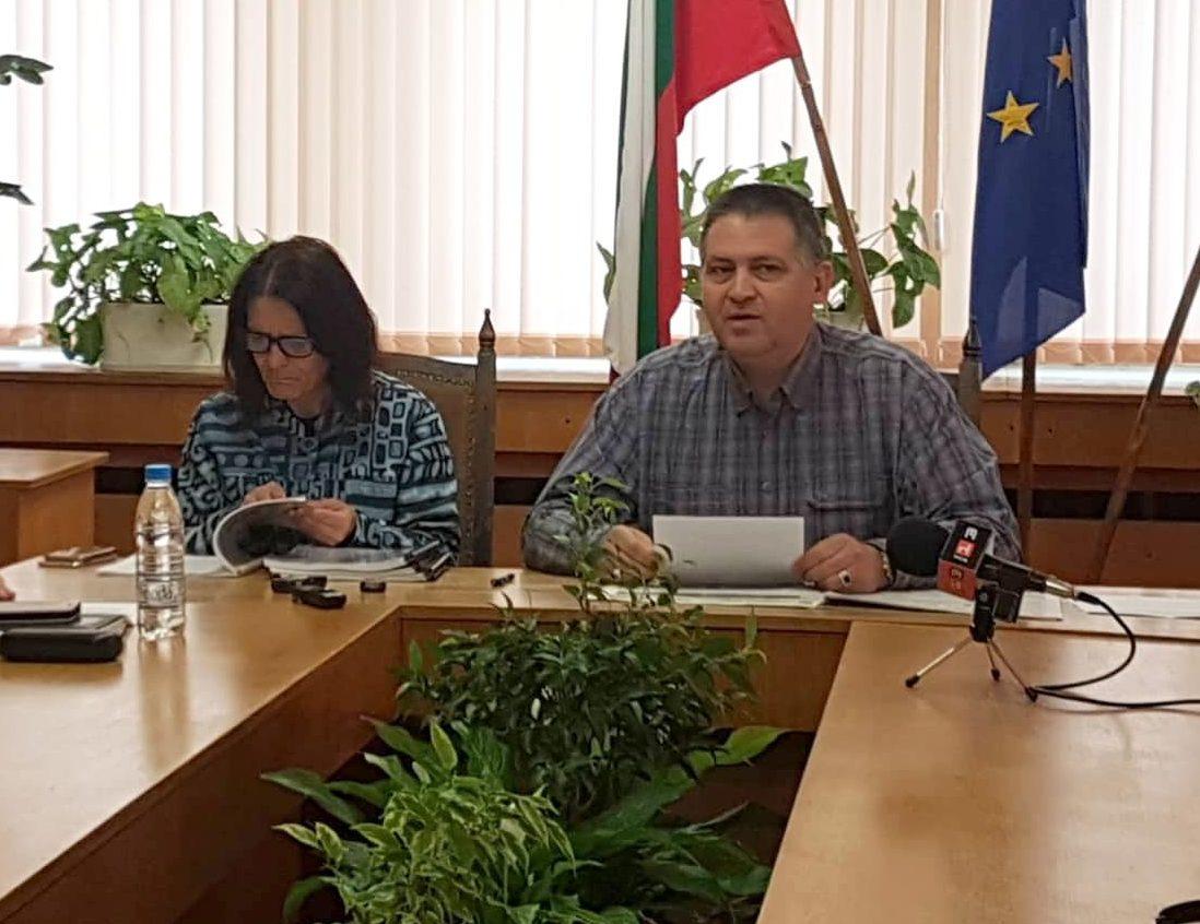 Д-р Валентин Василев призова медиите да отразяват обек ...