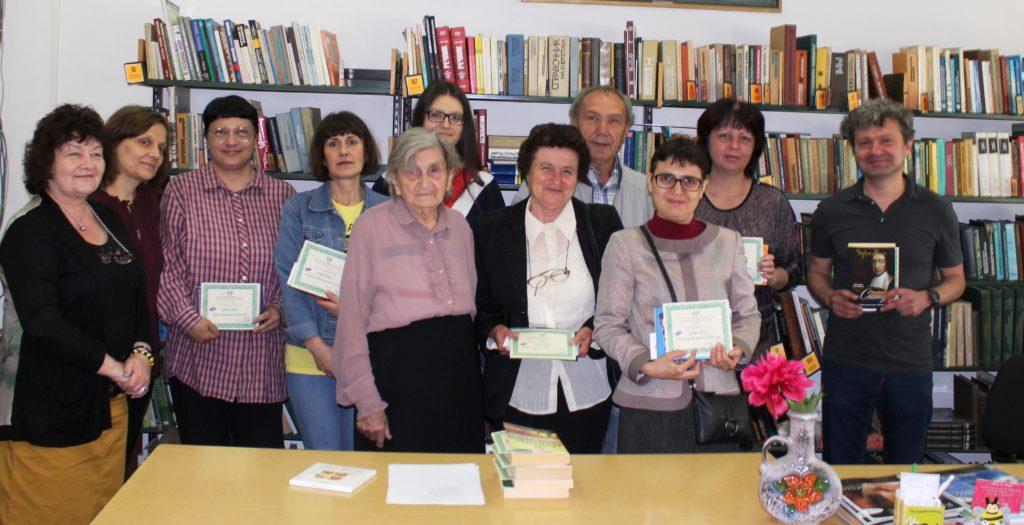 92-годишната Дочка Йорданова е най-възрастният читател  ...