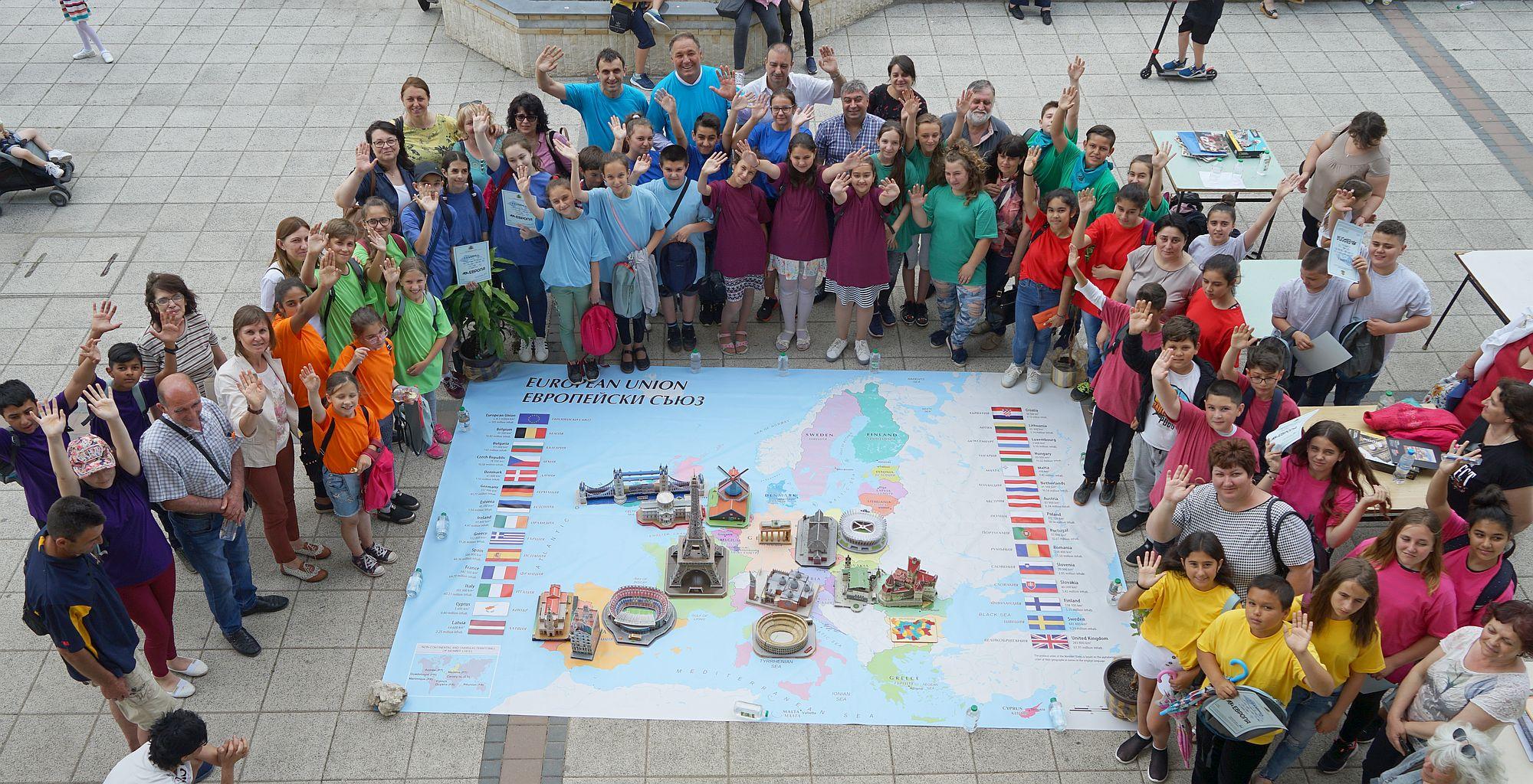48 петокласници от Разградска област сглобиха 3D пъзели  ...