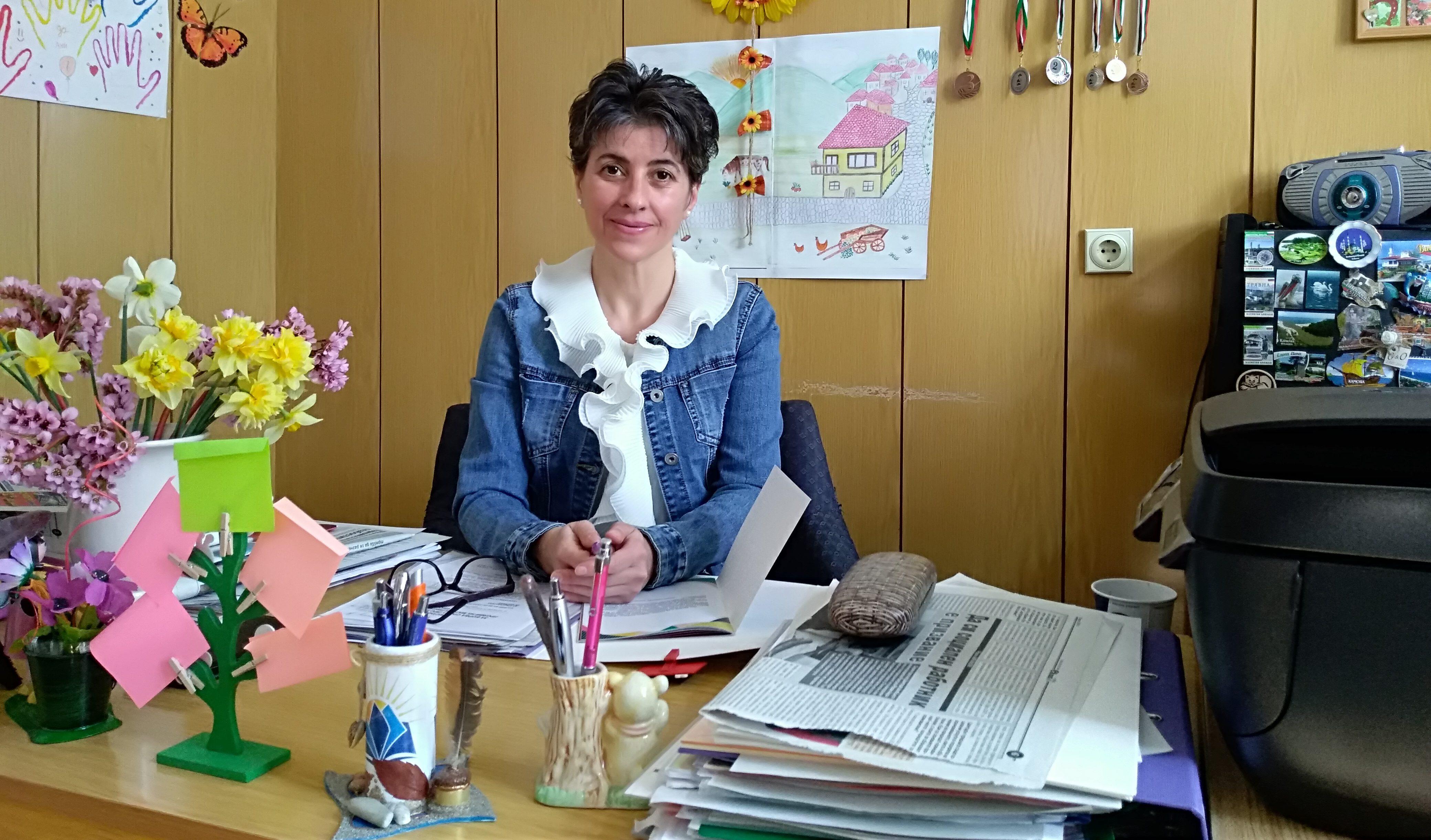 Включиха три доклада на д-р Надие Карагьозова в сборни� ...