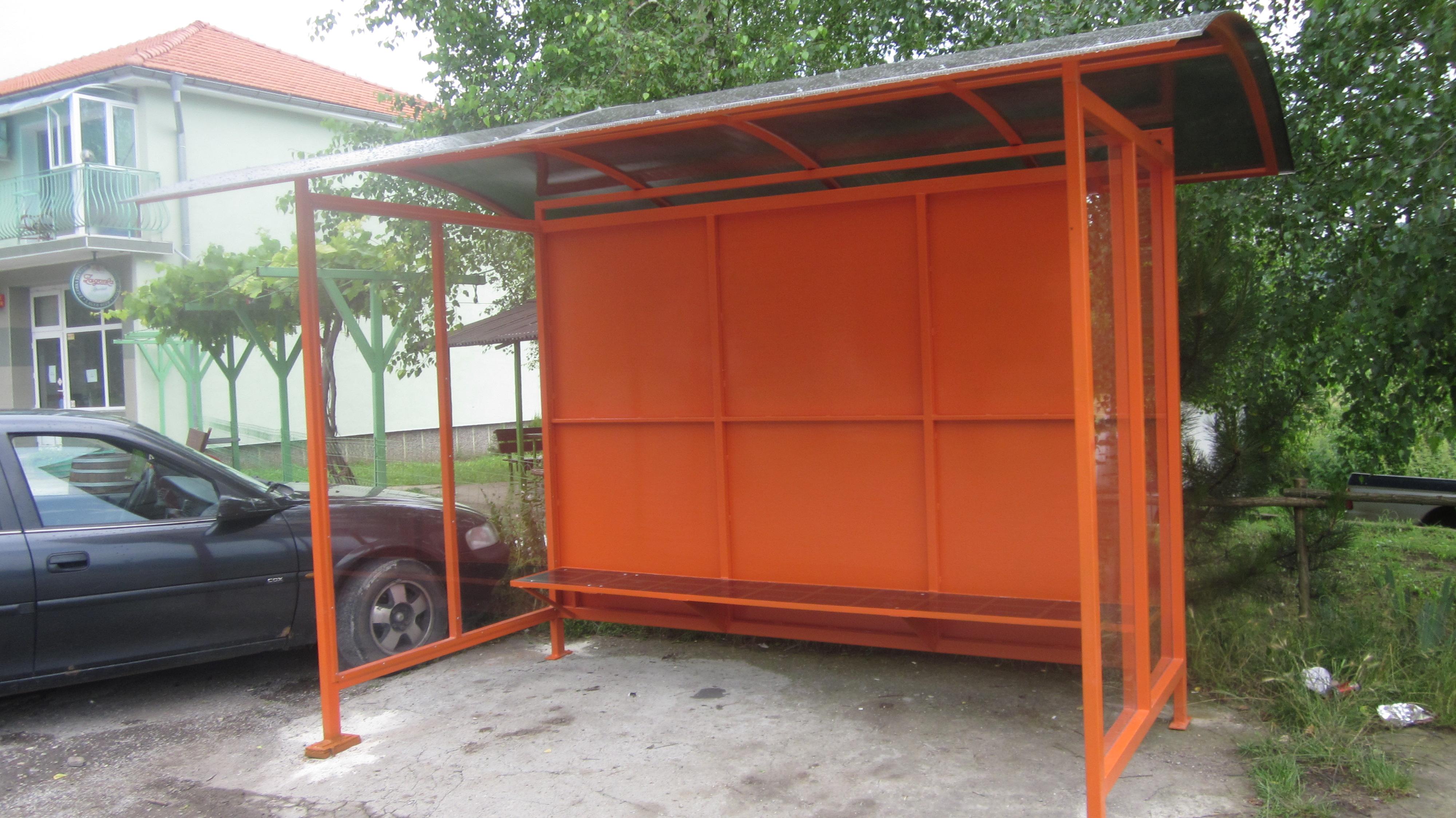 Община Разград изгради две нови спирки в Гробищен парк ...