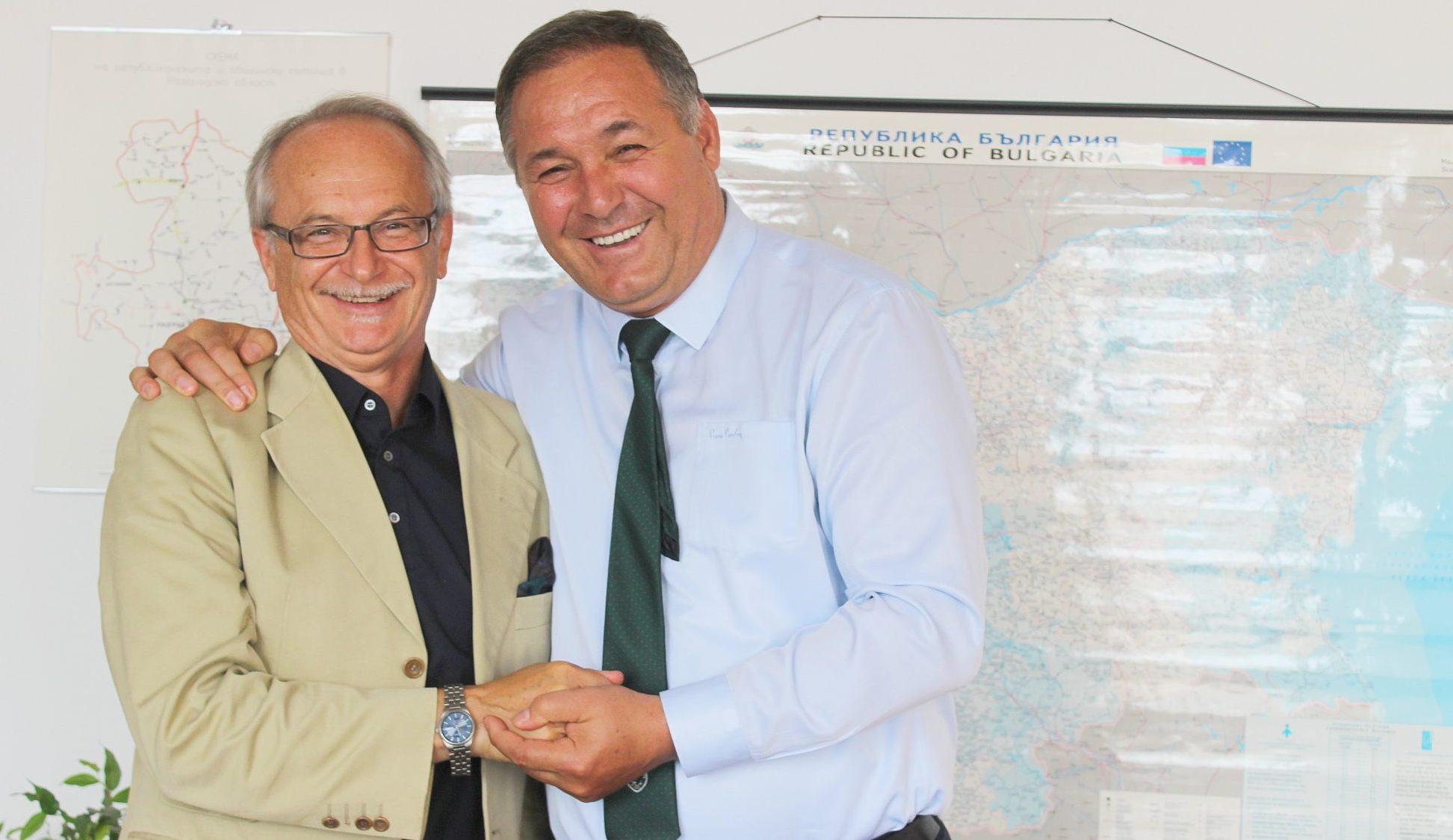 Областният управител Гюнай Хюсмен се срещна с Генерал� ...