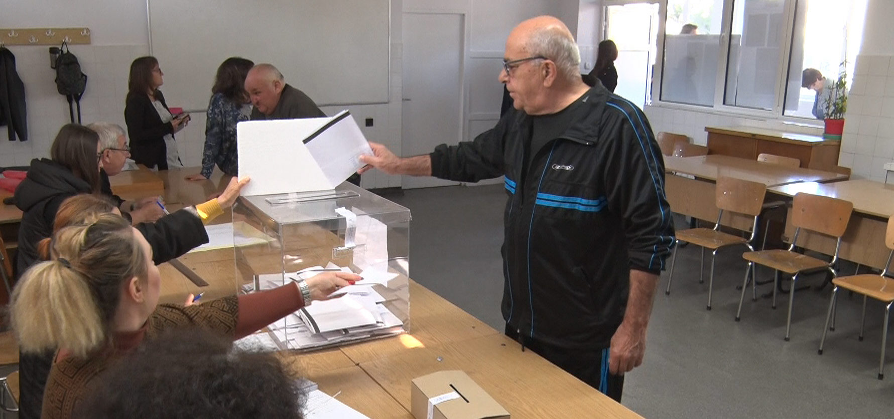 51,48% е избирателната активност в Разградска област към  ...