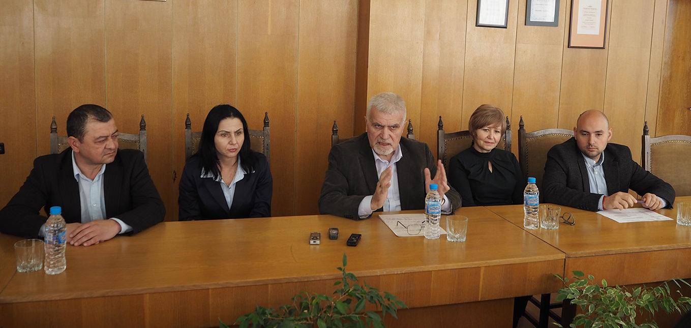 Кметът на Разград Денчо Бояджиев представи екипа си