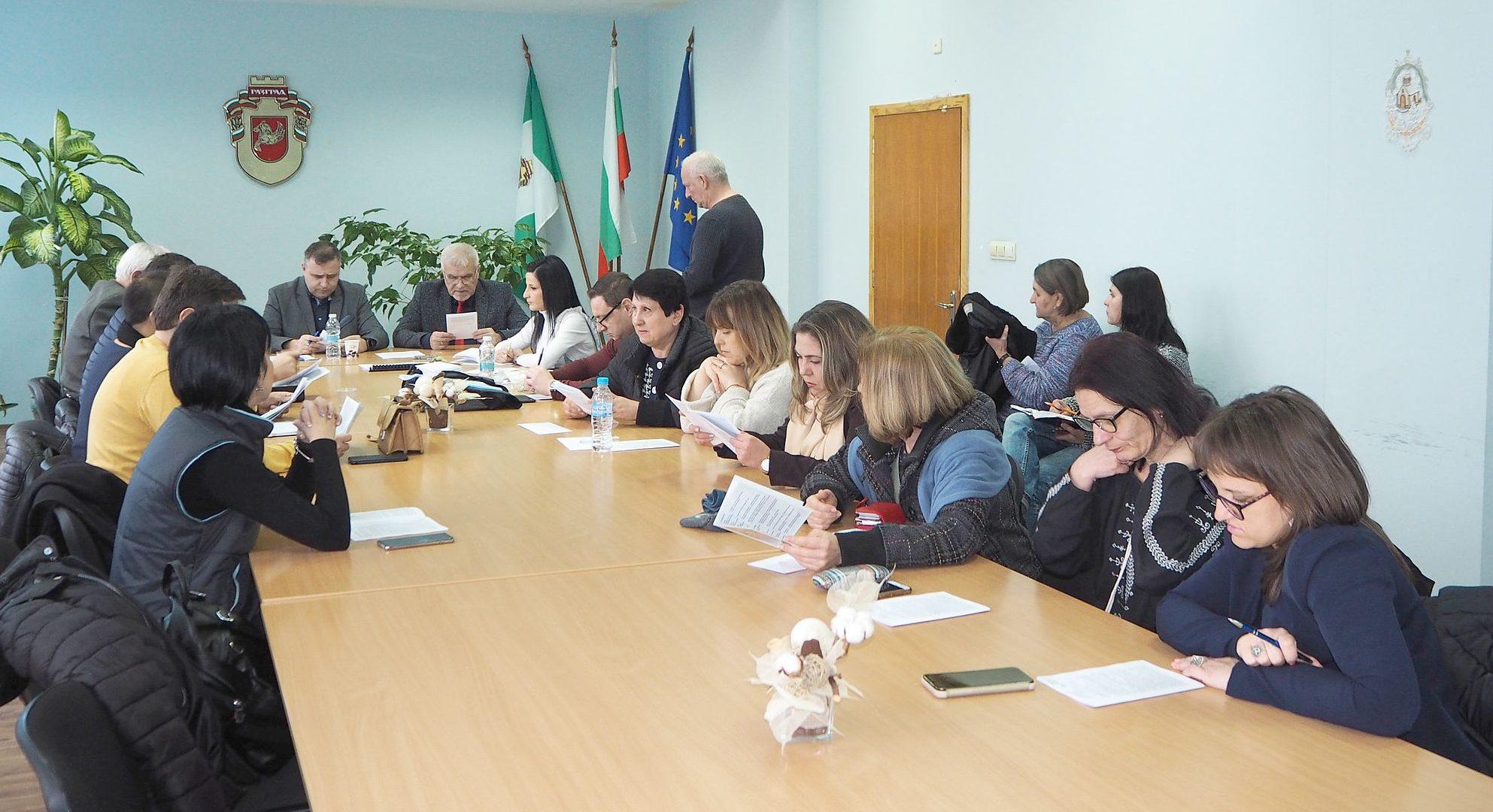 Кметът Денчо Бояджиев представи номинациите за звание ...