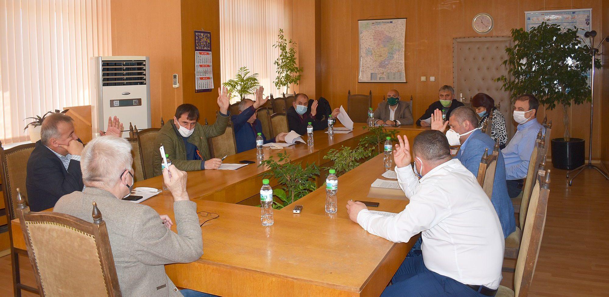Кметовете на седемте общини в Разградска област се обе ...