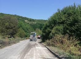 Продължава ремонтът на пътя Черешово – Юпер, най-пря ...
