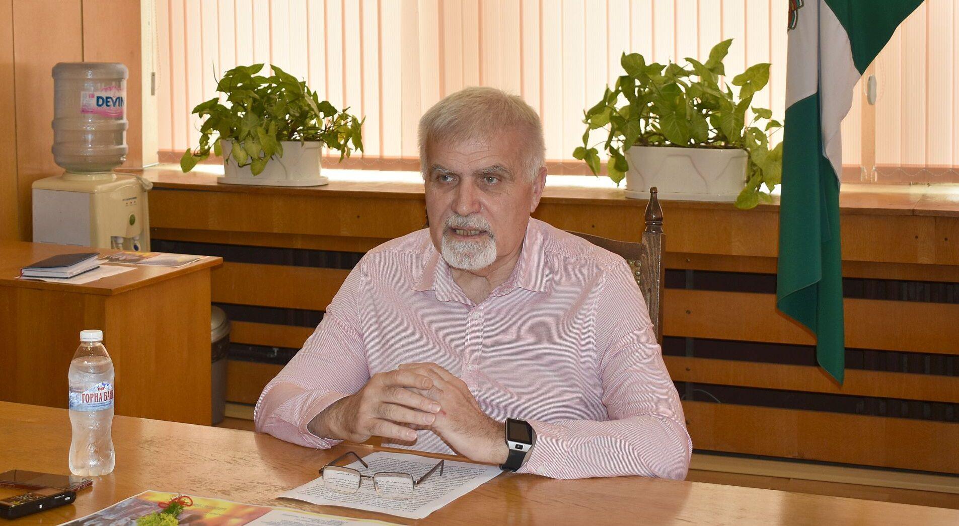 Кметът Денчо Бояджиев представи две събития от Култур� ...