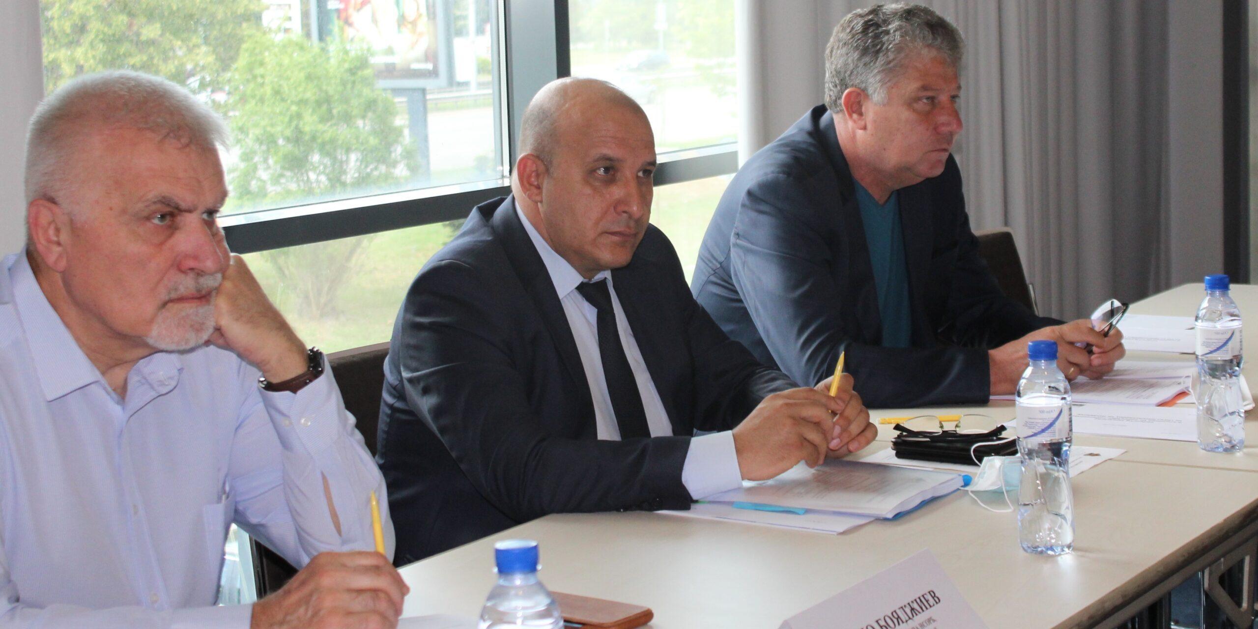 Кметът Денчо Бояджиев участва в заседание на ръководс� ...