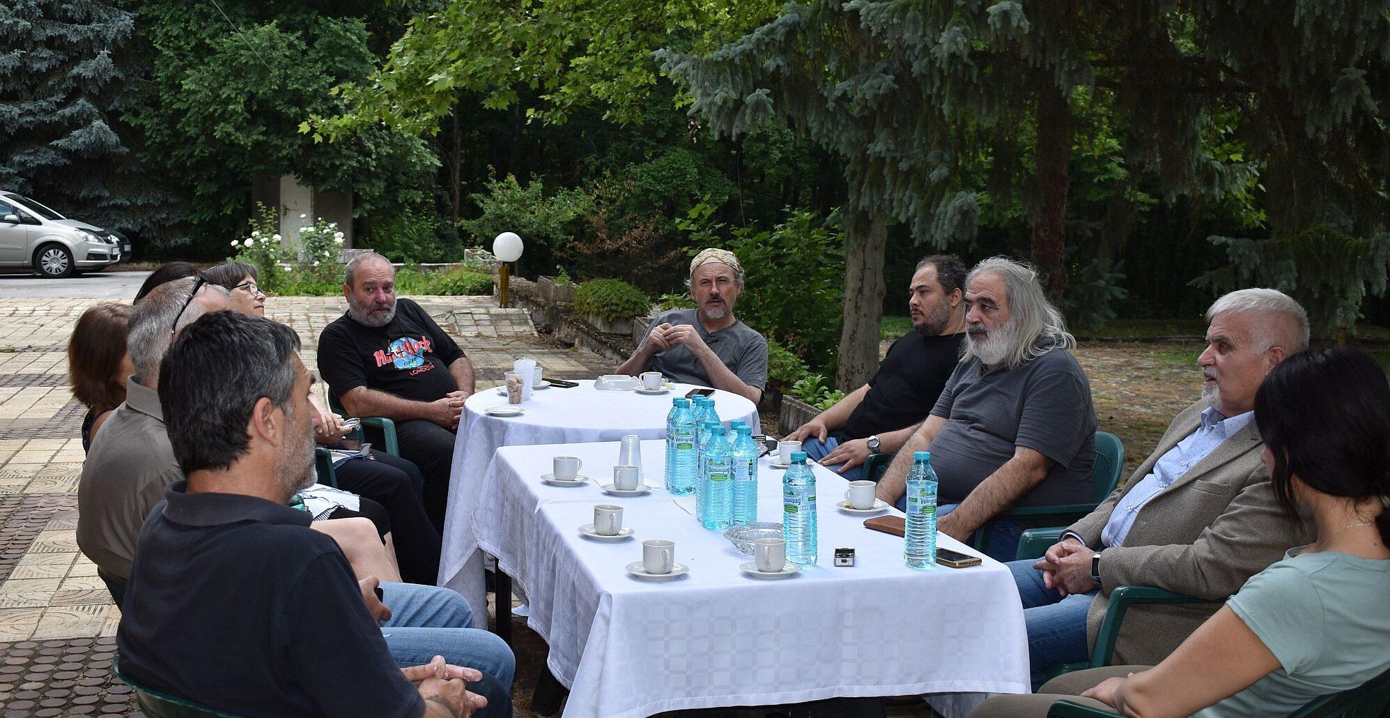 Кметът Денчо Бояджиев се срещна с участниците в пленер ...