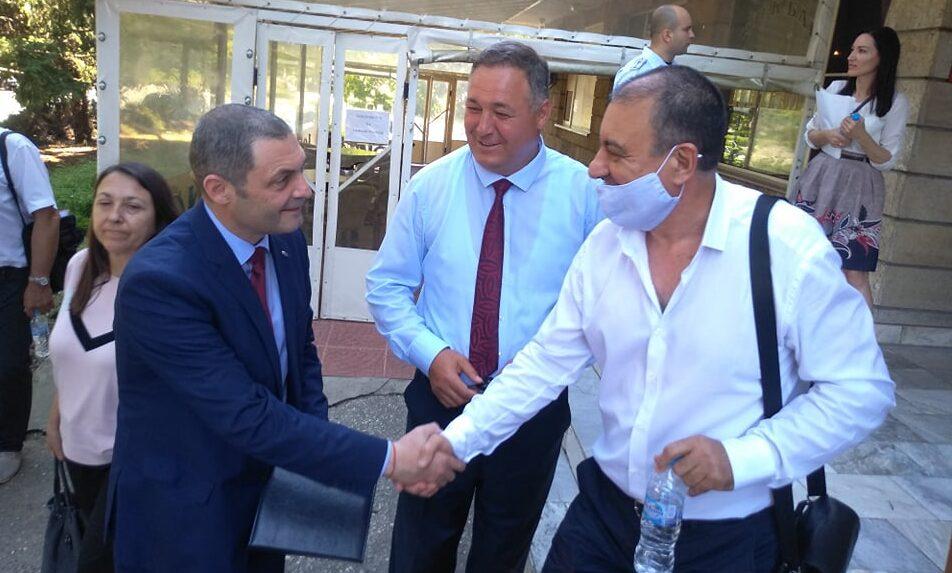 Областният управител Гюнай Хюсмен откри годишното зас ...