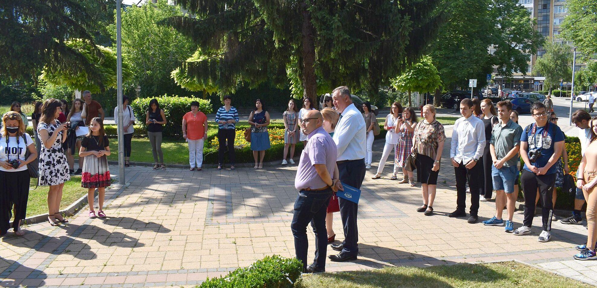 Заместник-кметът Добрин Добрев бе гост на церемонията  ...
