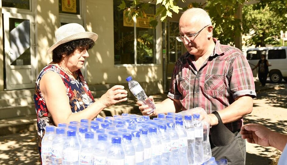 Безплатна вода за кубратчани срещу жегите