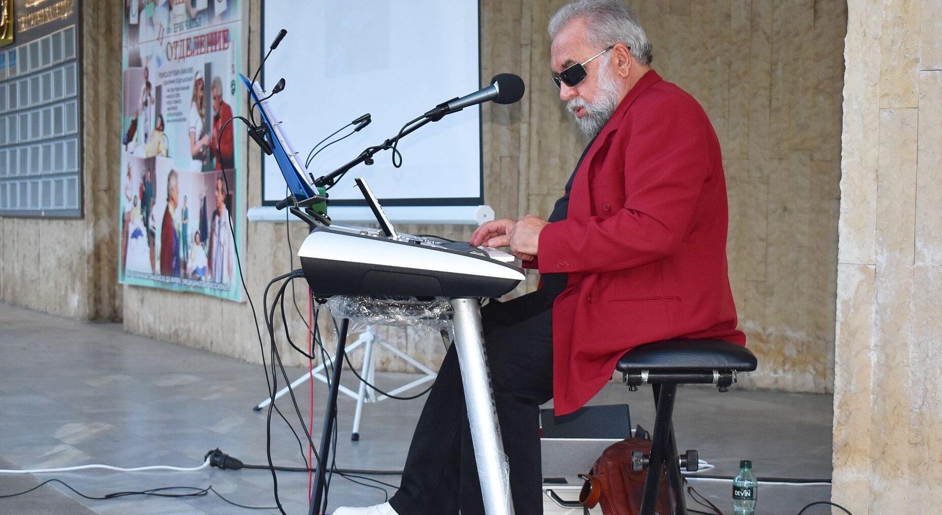"""В Разград бе премиерата на концерта """"Музикален полет � ..."""