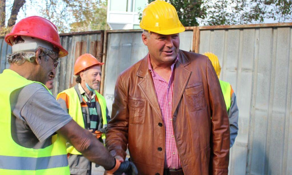 """Областният управител инспектира ремонта на """"Ибрахим � ..."""