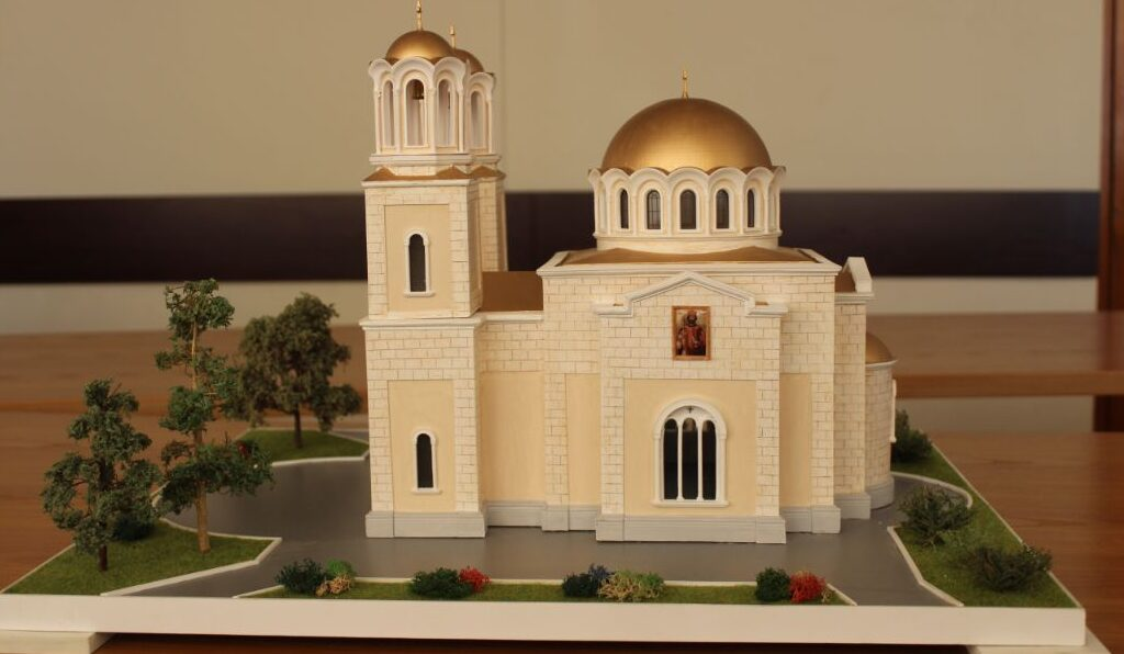 Хюсмен показа как ще изглежда новата църква в Разград