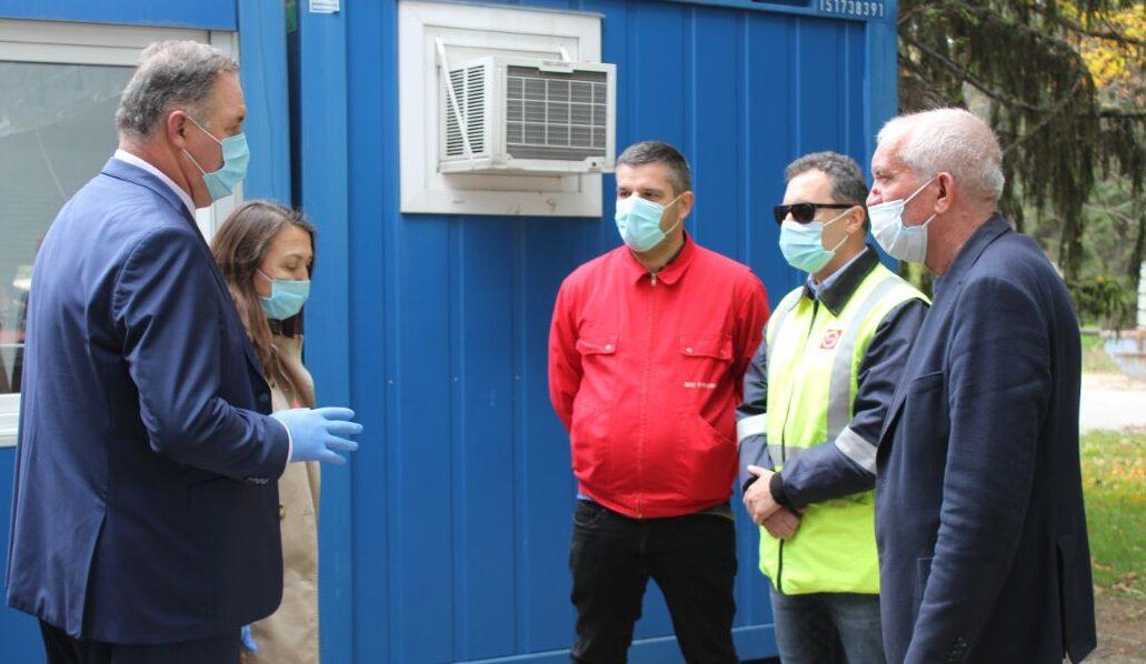 Болницата в Разград вече има фургон-филтър