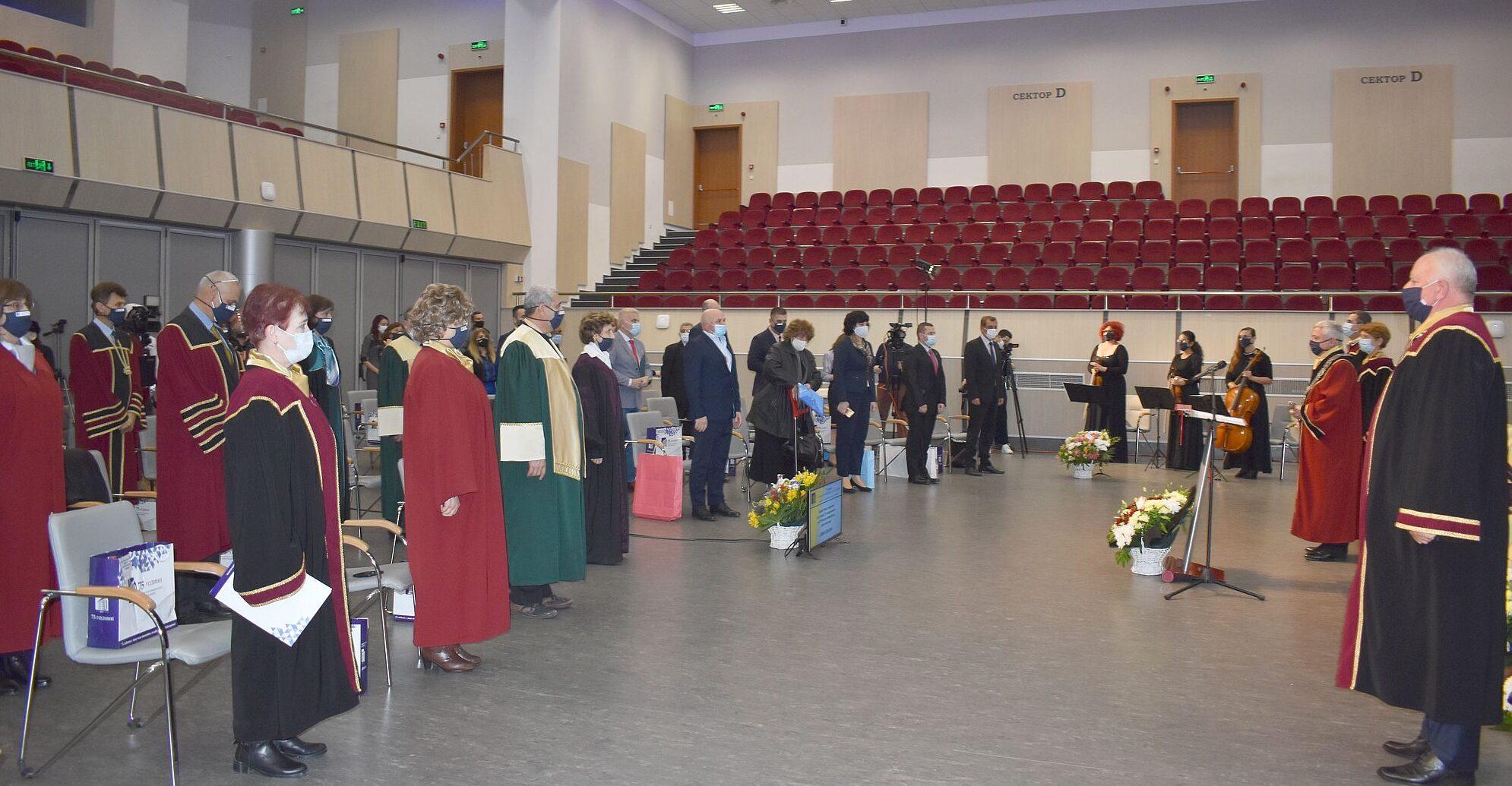 Кметът Денчо Бояджиев бе гост на тържественото събран� ...