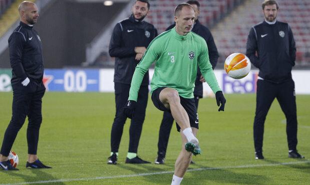 Футболистът Антон Недялков е Спортист на годината в Об ...