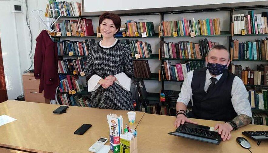 Народните представители Десислава Атанасова и Калин В ...
