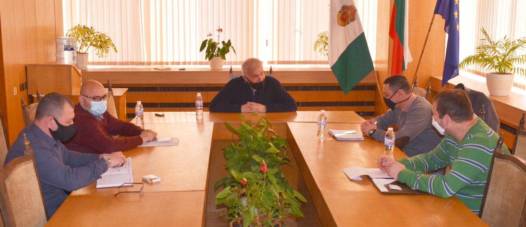 Кметът Денчо Бояджиев се срещна с новия директор на ОД� ...