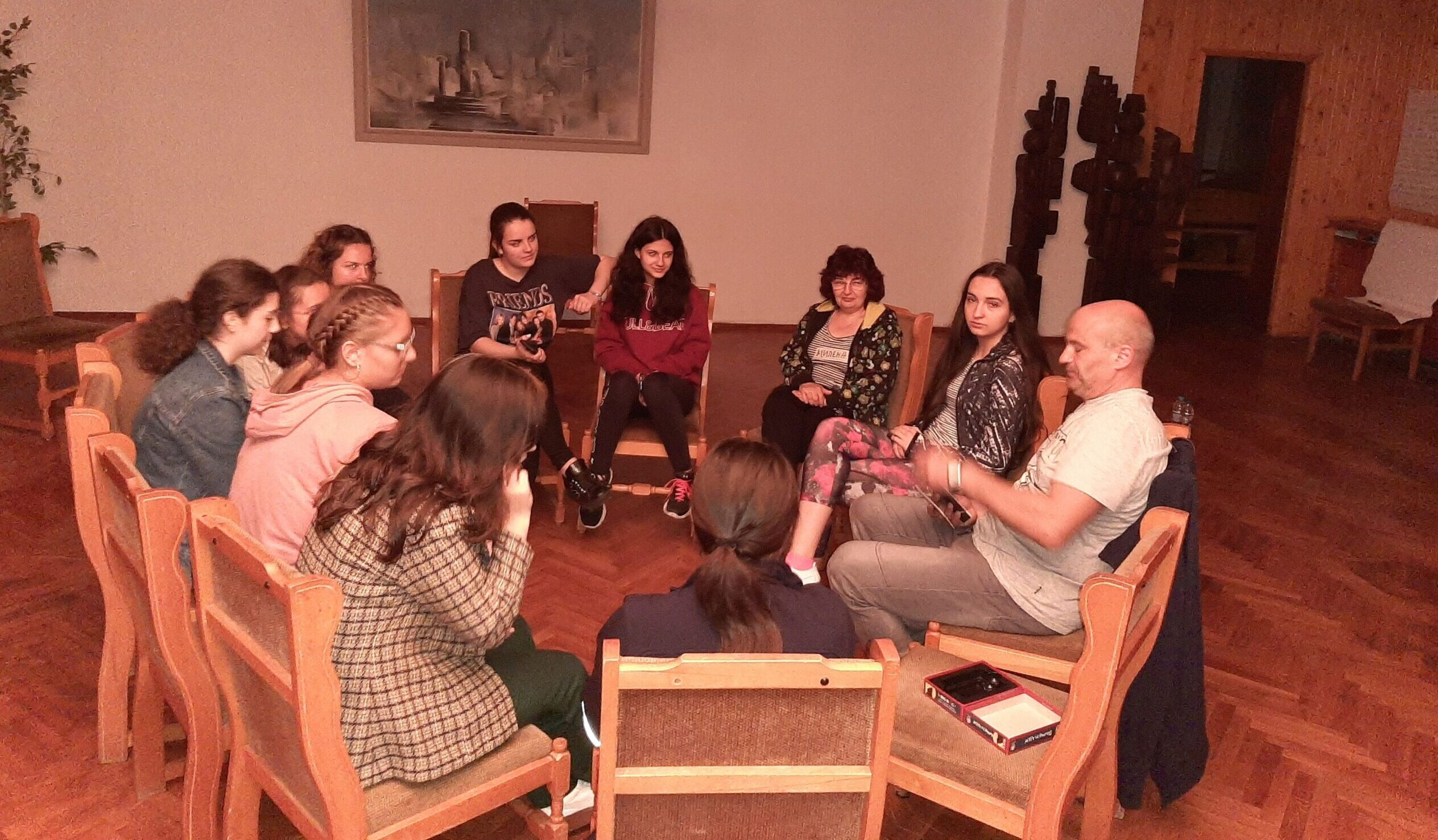 Психолог от Плевен обучава доброволци по Националната ...