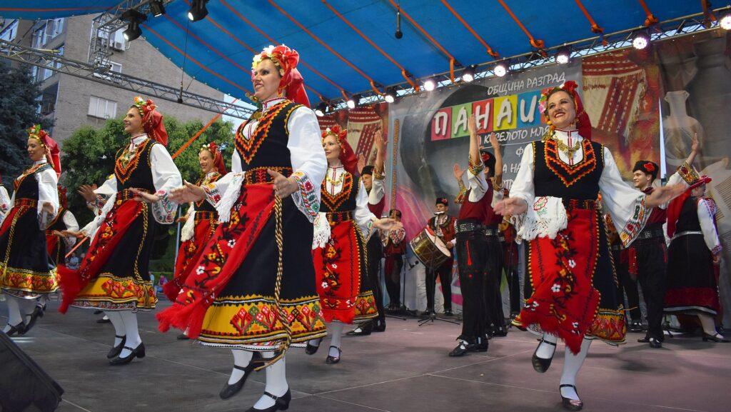 """Ансамбъл """"Странджа""""-Бургас се включи в концертите от  ..."""