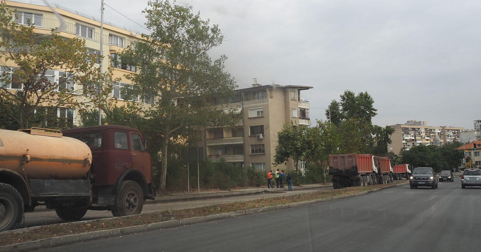 Продължават ремонтите на улици в Община Разград, тази � ...